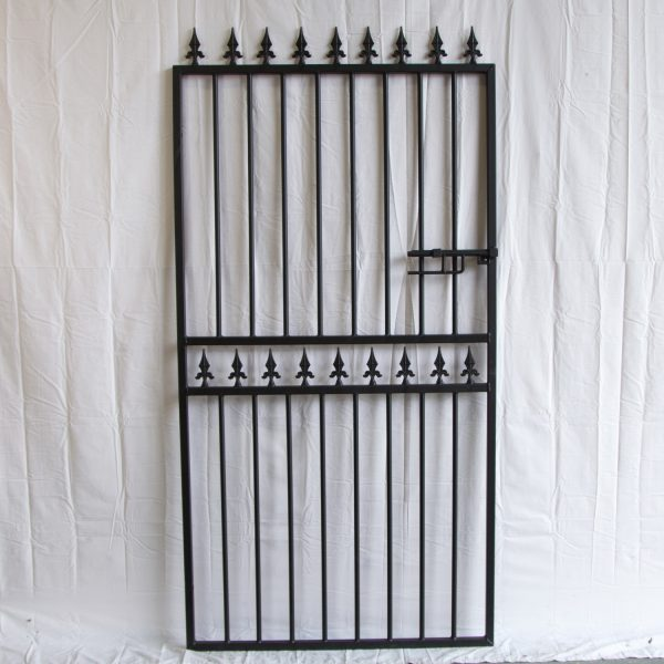 Hampton Tall spear top metal garden gate
