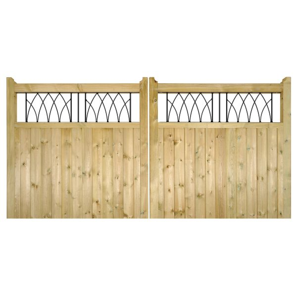 Staffordshire Wooden Driveway Gates
